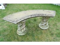 (#707) concrete garden bench (Pick up only, Dy4 area)