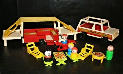Vintage Fisher Price Little People PLAY FAMILY CAR with POP-UP CAMPER #992
