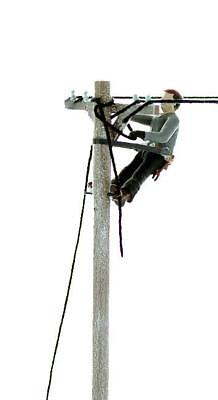 LINEWORKER REPAIRING a Damaged Line, Perched UP on Pole O Finished Worker - Ups Worker