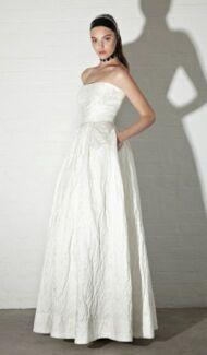 "Carla Zampatti ""Bella"" dress for wedding or formal size 8/10 Birkdale Redland Area Preview"