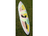 New Waves 295 Windsurfing Board plus 2 sails
