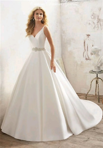 Looking for Ball Gown Wedding Dress
