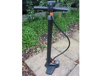 Bicycle cycle pump