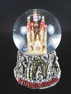 Schneekugel Barcelona Sagrada Famili Snowglobe 6 cm Waterglobe,Souvenir Spanien