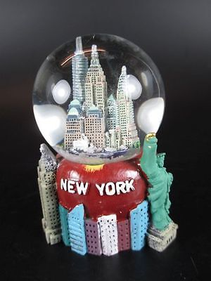 New York Schneekugel Snowglobe 8 cm,Freedom Tower,Empire,Chrysler !