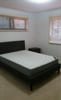 Spacious Room in Lower North Shore----!!!One bus stop to CBD