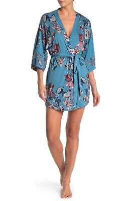 In Bloom by Jonquil Floral Print Robe 88$ Size M/L