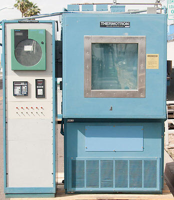 Thermotron S-16 Mini-max S-16c Environmental Temperature Test Chamber 16 Cu. Ft.