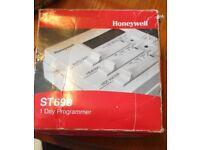 Honeywell ST699 Digistat