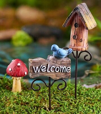 3 piece SET Miniature FAIRY GARDEN PICKS w/ BIRDHOUSE MUSHROOM & WELCOME SIGN (Mushroom 3 Piece Set)