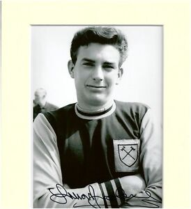TREVOR-BROOKING-WEST-HAM-HAND-SIGNED-AUTOGRAPH-PHOTO-10X8-MOUNTED-COA-ENGLAND