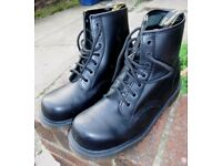 Dr Martins Boots size 8 (small 8 so fit 7 - 7 1/2 uk) unused steel toe