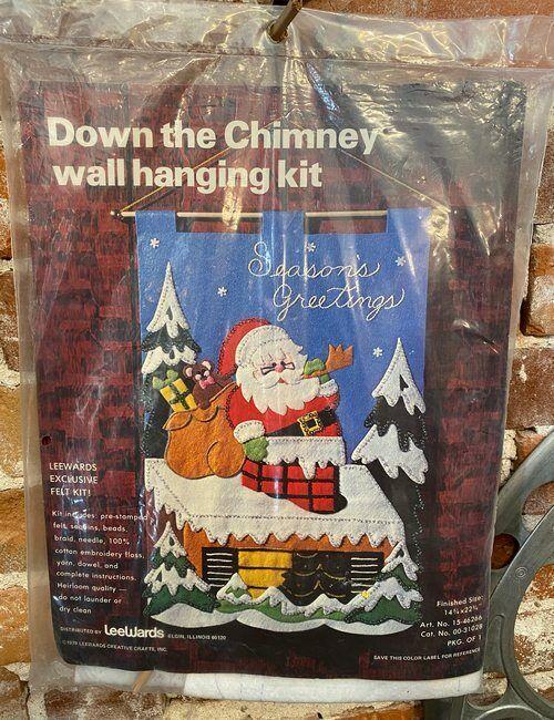 Vintage LeeWards Down the Chimney Felt Wall Hanging Kit New Santa Needlework