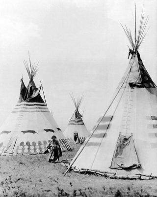 INDIAN WOMAN IN BLOOD CAMP WITH TIPIS 1913 11x14 SILVER HALIDE PHOTO PRINT