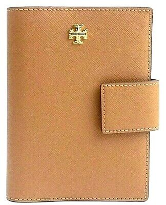 NWT TORY BURCH EMERSON SNAP PASSPORT HOLDER LEATHER TAN $138