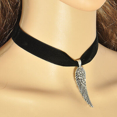 Angle Wing Gothic Style Black Velvet Choker Charm Pendant Necklace 90's Vintage ](Black Angle Wings)