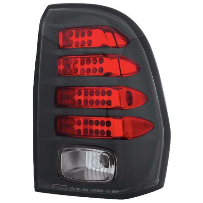 IPCW LEDT-345CB Chevrolet Trailblazer 2002 - 2009 Tail Lamps LED Bermuda Black