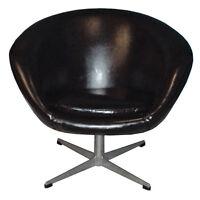 Vintage Mid Century Modern Pod Chair
