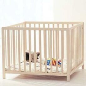 BabyDan Medium Wooden Beech Playpen, 80 cm x 80 cm