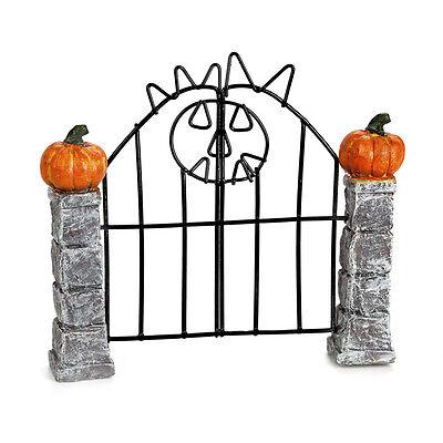 Darice Halloween Decor - Resin Mini Fairy Garden Jack O Lantern Gate #3115-398