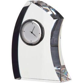 Darlington Crytal Medium Crescent Clock - £20 (£RRP £50)