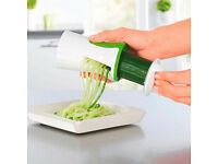 New White Green Fruit Vegetable Slicer Chopper Cutter Spiralizer Shredder Peeler.