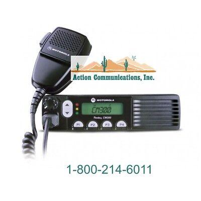 New Motorola Cm300 Uhf 438-470 Mhz 25 Watt 32 Channel Two Way Radio