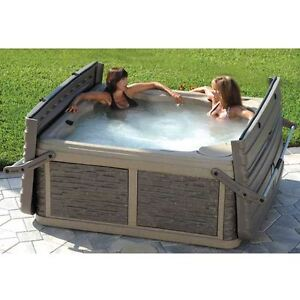 STRONG SPA G2L WITH BUILT IN STEPS, TOWEL HOLDER, HARDTOP COVER Belleville Belleville Area image 3
