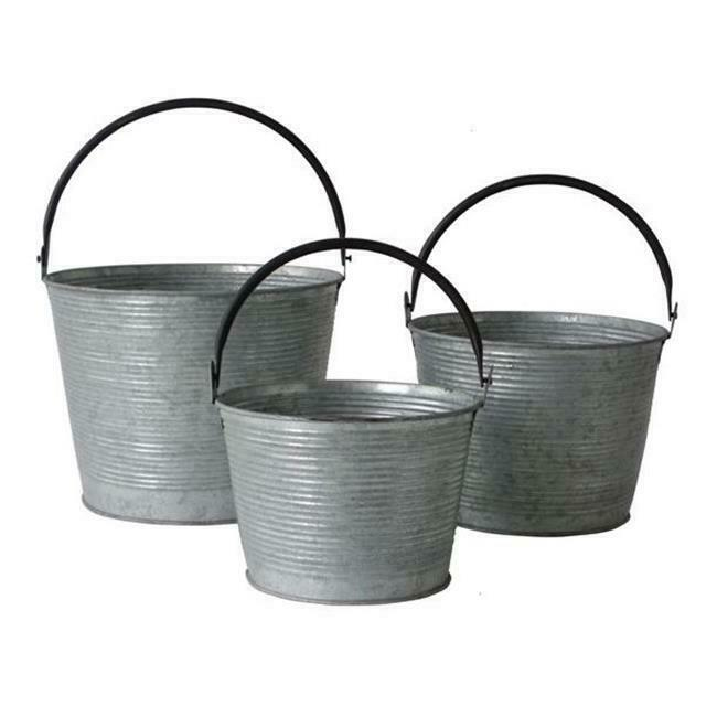 Cheungs FP-3999-3 Set of 3 Metal Tapered Bucket with Handle