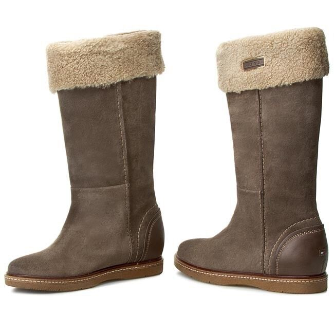 Tommy Hilfiger fleece lined boots