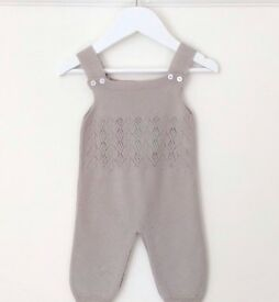 Wedoble 9months knitted outfit