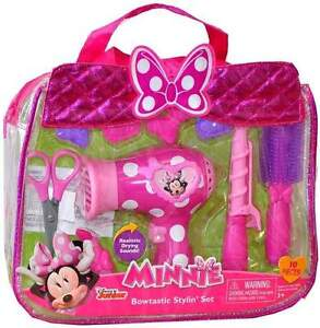 MINNIE Bowtastic Styling Set in original packaging-PERFECT GIFT Kitchener / Waterloo Kitchener Area image 1