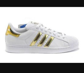 Adidas Superstars - White and gold