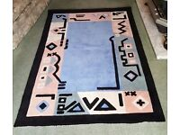 Beautiful designer colourful rug for sale 4' x 6' or 122cm x 183cm