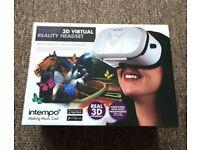 3D virtual reality headset.