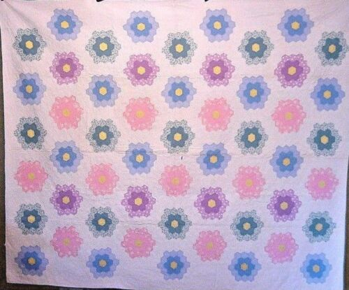 AWESOME UNUSED ANTIQUE FLOWER GARDEN QUILT 1930s