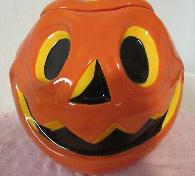 "PUMPKIN COOKIE JAR SCARY FACE MARKED "" HALLOWEEN 09"" DATED c) 2009 CERAMIC."