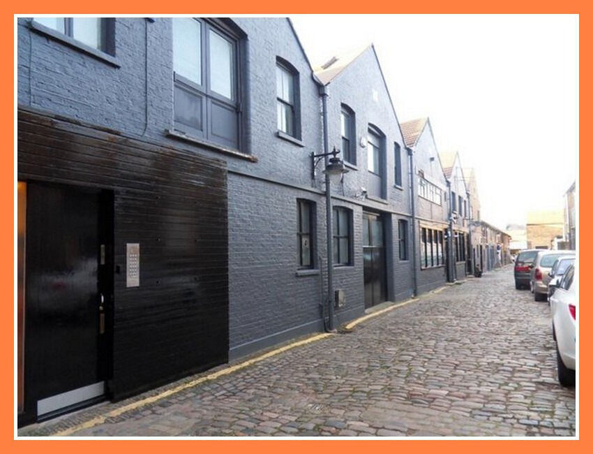 Commercial Property For Rent London Cafe