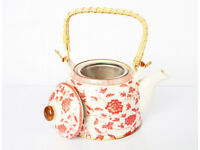 BARGAIN!! Oriental Teapot with Mesh Infuser and Woven Handle - Red Flowers