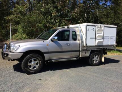 TOYOTA 100 SERIES UTE WITH A SLIDE ON TRAYON CAMPER Maroochydore Maroochydore Area Preview