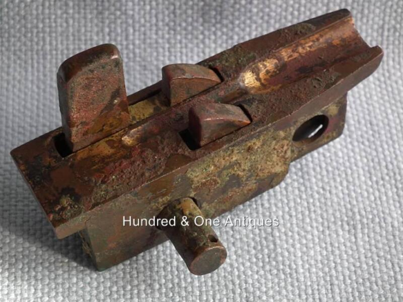 Ancient Chinese Han Dynasty Bronze Cross bow Mechanism Gold Plated not sword