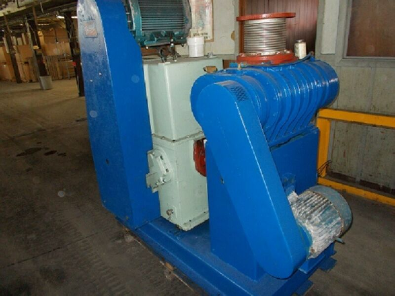 Kinney KT 500 vacuum pump with 1,500 cfm blower