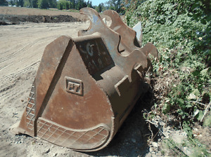 Excavator Bucket - 300 Hitachi