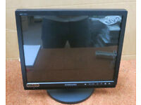 SAMSUNG CCTV LCD MONITOR, MODEL SMT-1722P