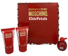 Moschino Mini Set - Cheap and Chic Petals: 4.9 ml Edt + 25ml SG + 25ml BL