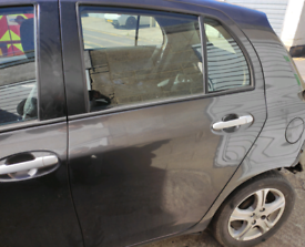 Toyota Yaris MK2 breaking for parts
