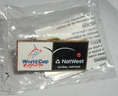 1999 Cricket World  England Sealed Natwest Global Partner Sealed Pinback Button