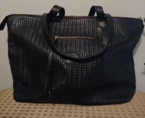 Roots Woven Leather Go To Bag in Black