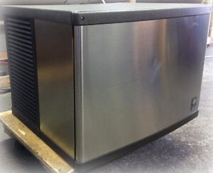 Manitowoc QY0604A Air cooled Ice Maker - only Head