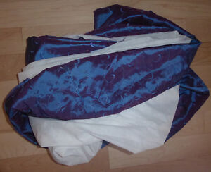 11 pillowcases, bed skirts (twin, double) $2 ea, twin duvet $10 Kitchener / Waterloo Kitchener Area image 6